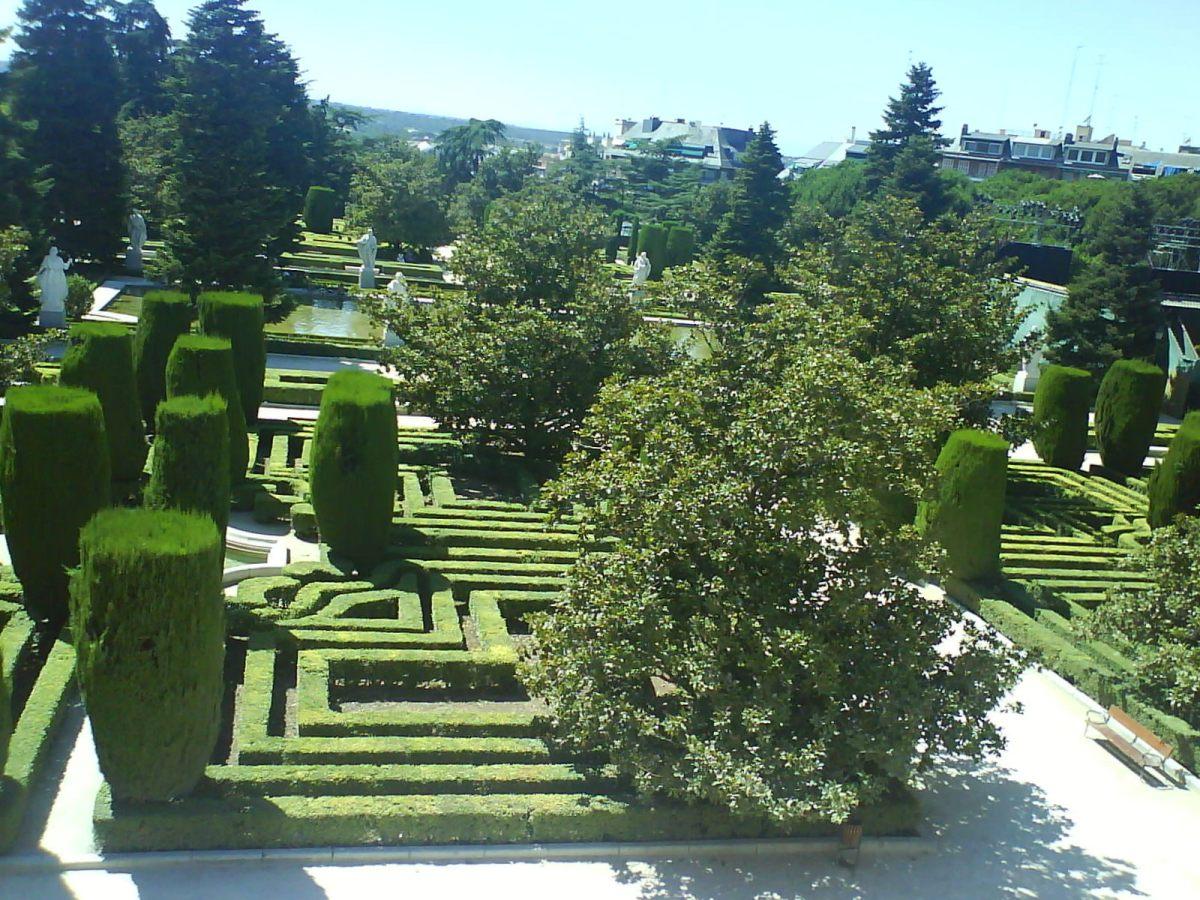 jardines del palacio real pongamos que hablo de madrid